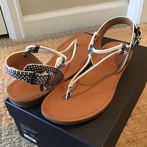 NEW COACH Clarkson Leather Thong Sandals Size 7.5